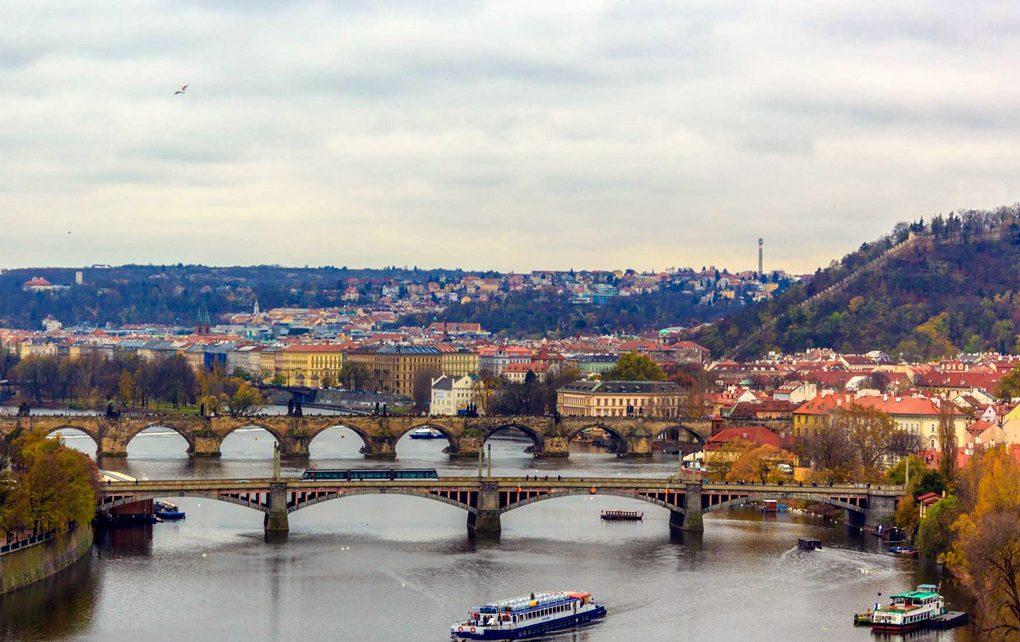 Top-view-of-Prague